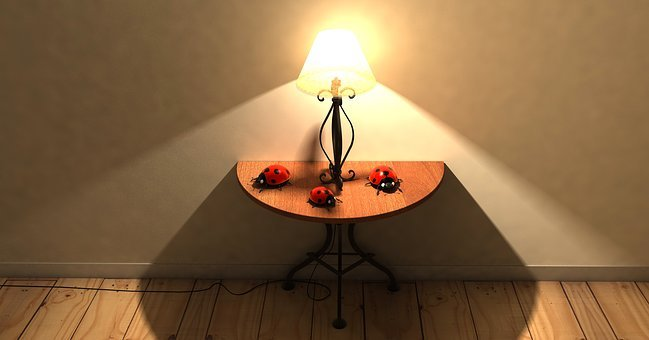 Table, Lamp - Free pictures on Pixabay