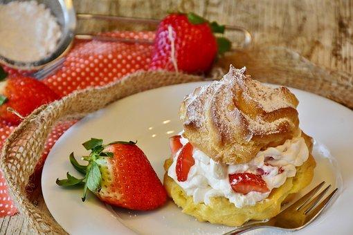 Cream Puff, Strawberries, Cream