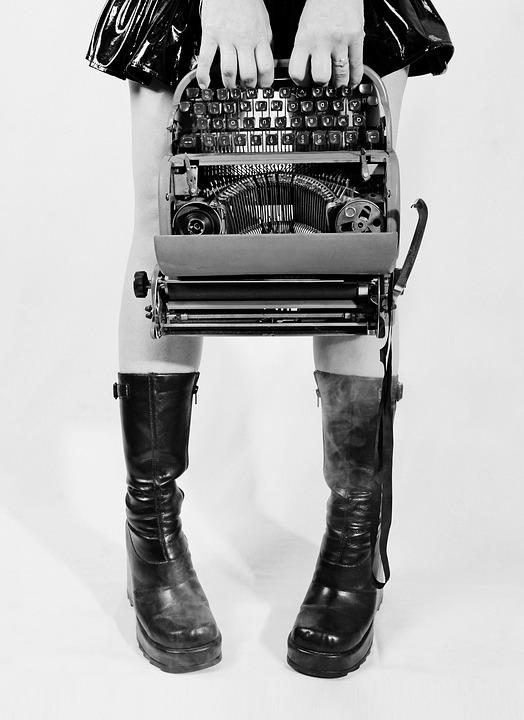 Konceptuelle, Skrivemaskine, Goth, Støvler, Ben, Bånd