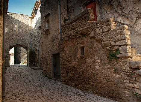 Hérault, Village Médiéval, Ruelle