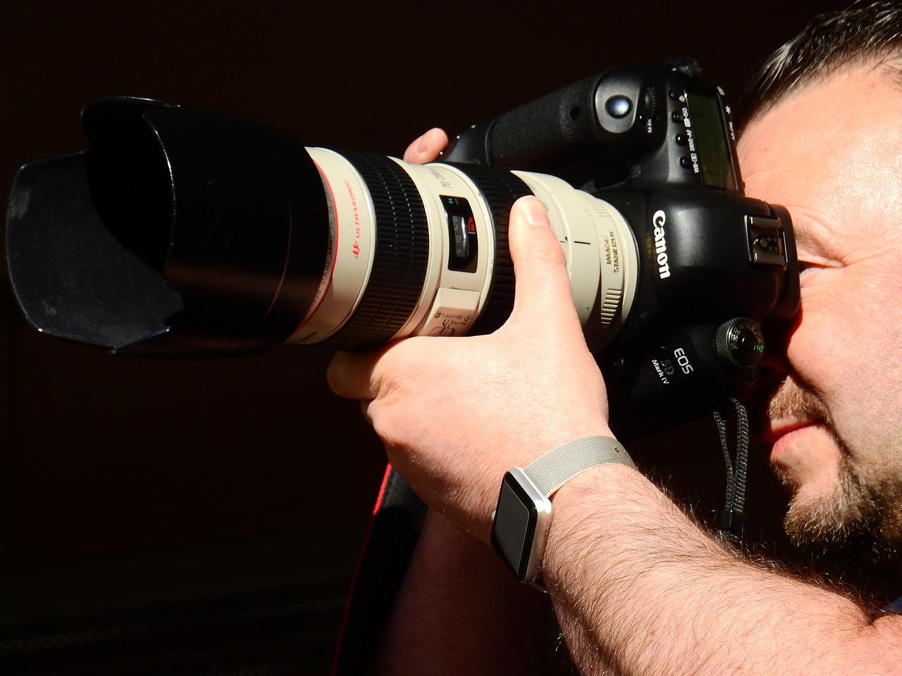 фото фотографов с фотоаппаратом каком случае
