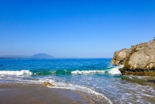 beach-2105414__340.jpg