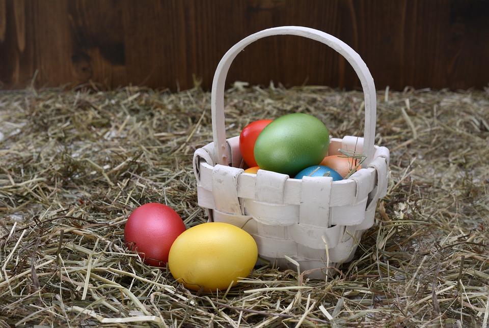 [Immagine: easter-eggs-2107209_960_720.jpg]
