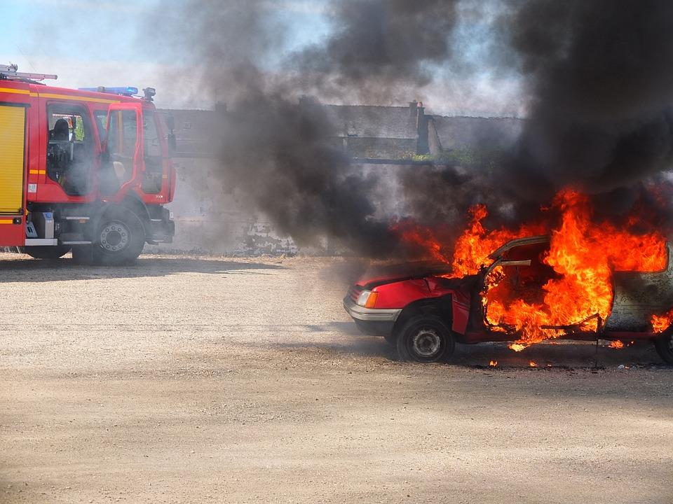 Feu, Pompier, Secours, Incendie, Voiture En Feu, Flamme