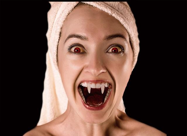 El vampiro chupon - 3 part 5