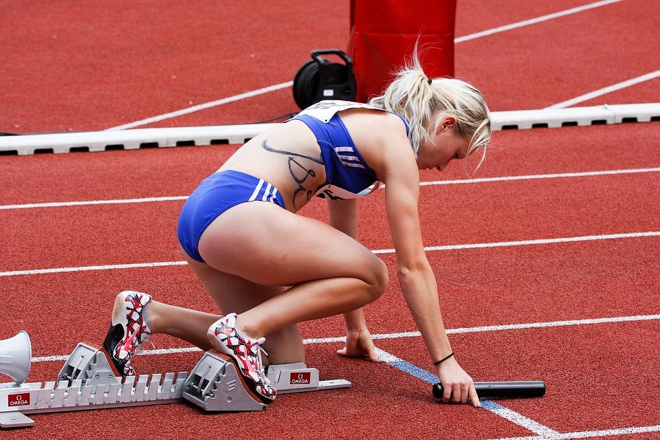 Motivação em Foco - Atletismo, Executar, Desporto, Estádio, Terra Esportes