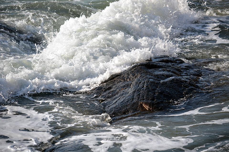 Best 25  Sea Waves ideas on Pinterest | Waves, Sea foam and Ocean