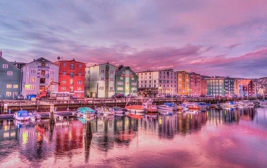 Norway, Trondheim, Old Town, Harbor