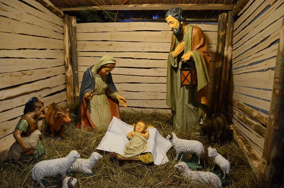 Resultado de imagem para jesus no berço