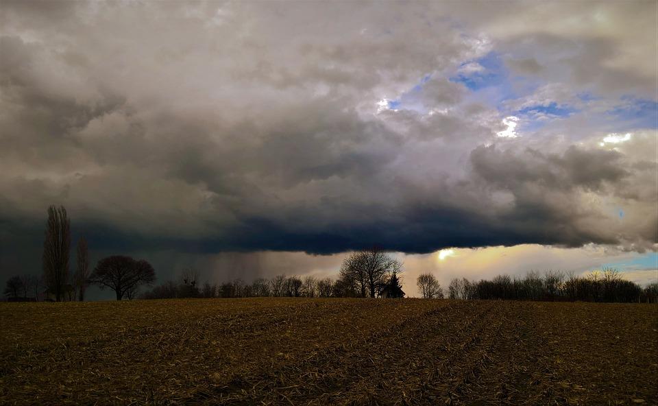 Landschap vroege voorjaar storm · gratis foto op pixabay