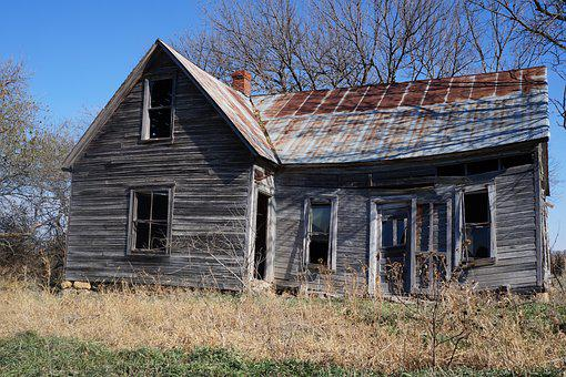 Weathered House Wood Architecture