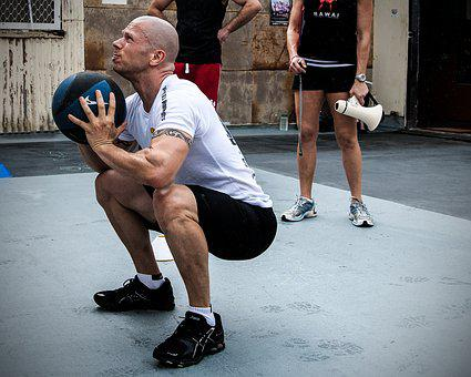 Wall Ball, Crossfit, Grunge