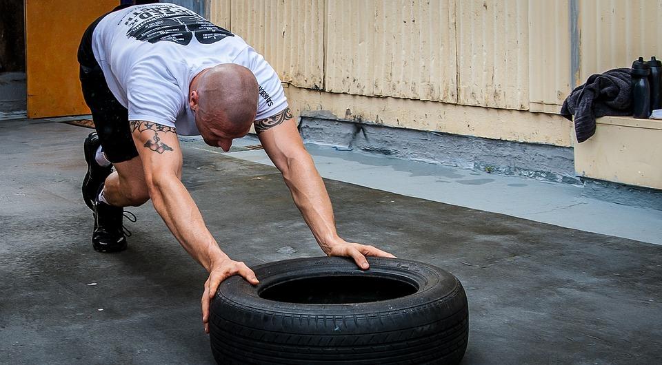 Tyre Push, Tire Push, Crossfit, Hardcore Training, Gym