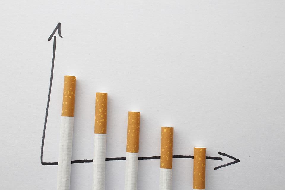 Pixabay, https://pixabay.com/pt/photos/cigarros-tabagismo-parar-2142848/