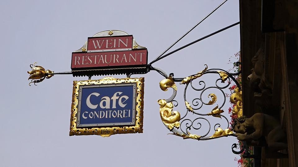 Tarcza, Kafejka, Weinstube, Restauracja, Samuraj
