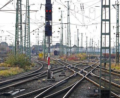 Track Crisscross, Prior To Course