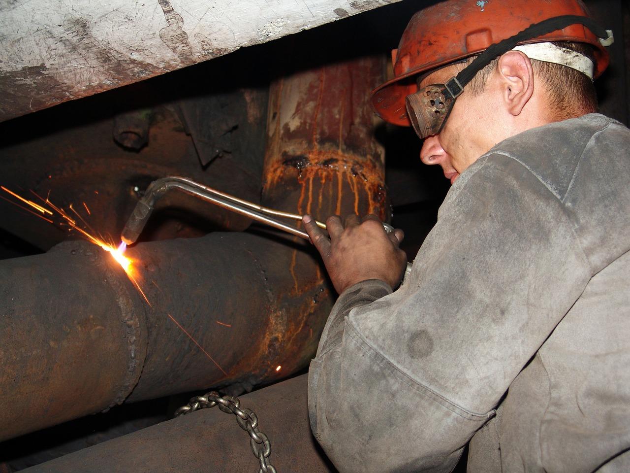 профессии относящиеся к вредным условиям труда