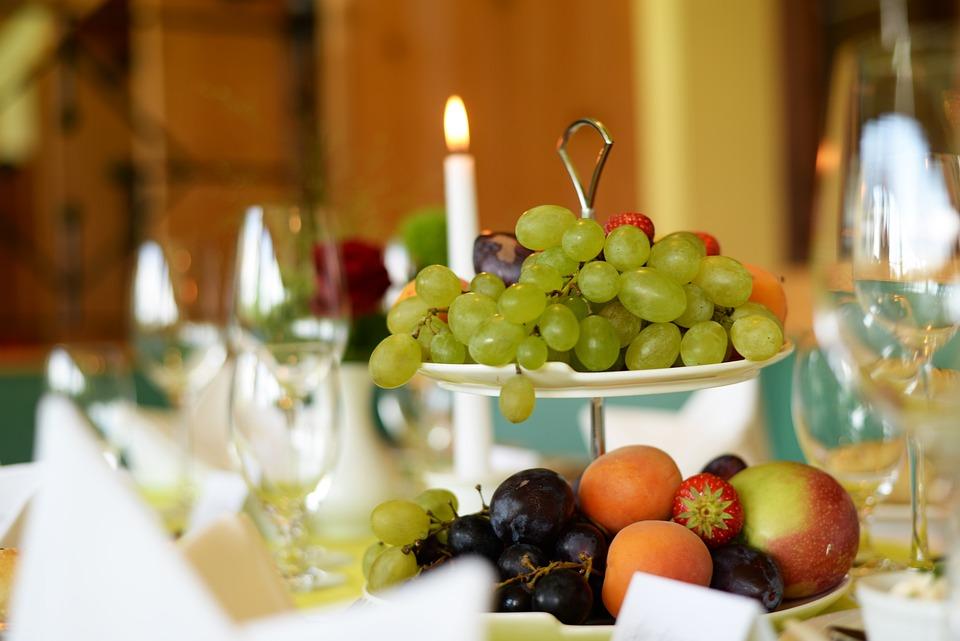 grapes fruit buffet table setting wedding & Grapes Fruit Buffet · Free photo on Pixabay