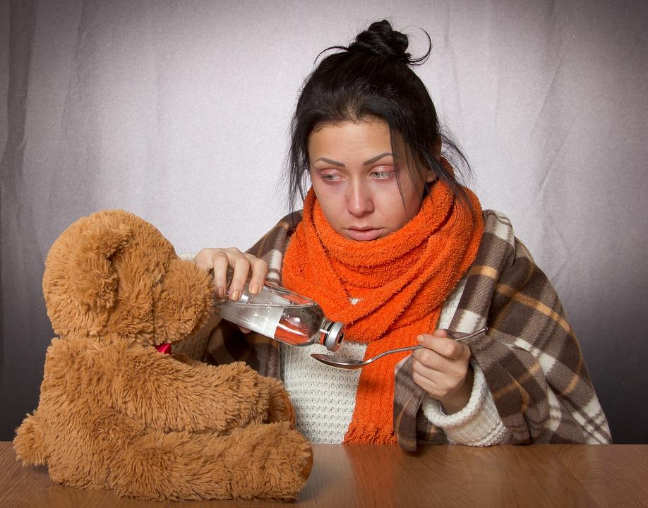 Gadis, Flu, Obat, Mainan