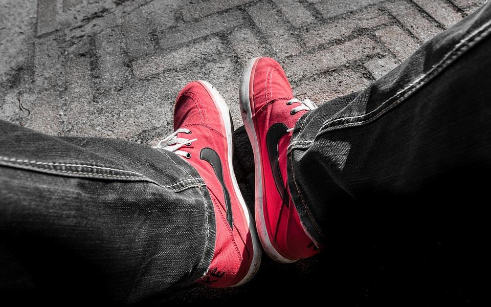 Red Nike Schoenen Gratis foto op Pixabay