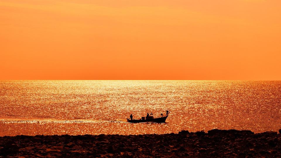 Sea, Boat, Sunset, Gold, Sunlight, Horizon
