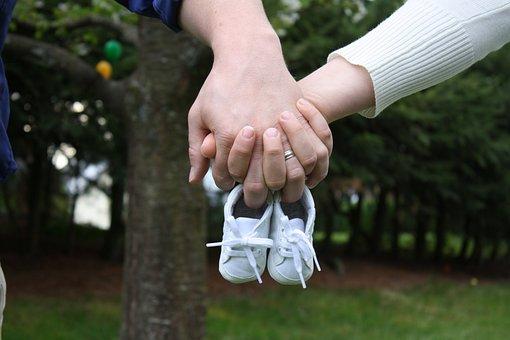 Bebé Anuncio Los Zapatos Nacimiento Lindo