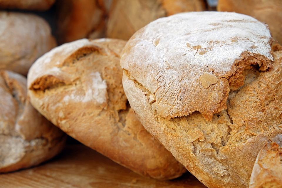 パン, パンの塊, パン地殻, クリスピー, 新鮮, 食品, 焼き菓子, 自家製, 焼きたてのパン, 焼き