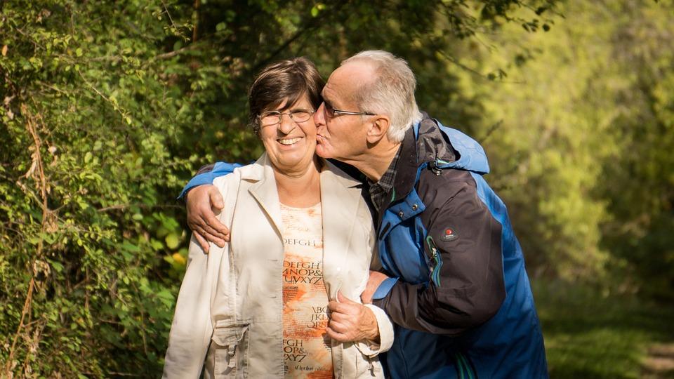 Видео любовь старых бабушек