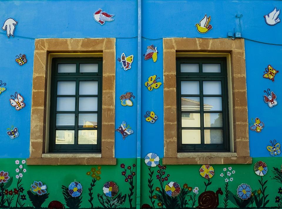 Прозорци, Колоритен, Училище, Детска Градина, Цветя