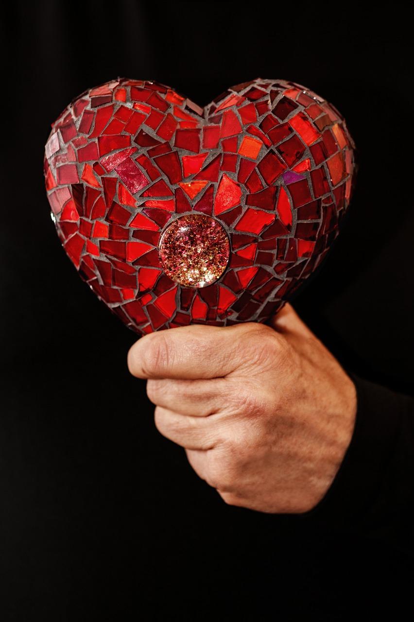 Расколотое сердце фото