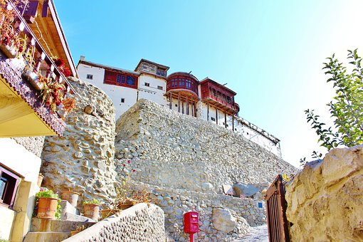 Baltit-Fort Hunza, Gilgit-Baltistan. 5 places to visit in Hunza.