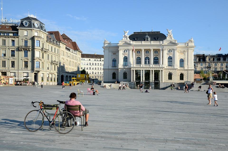 Zurich Opera House, Sześć Zadzwoni Miejsce, Zurych