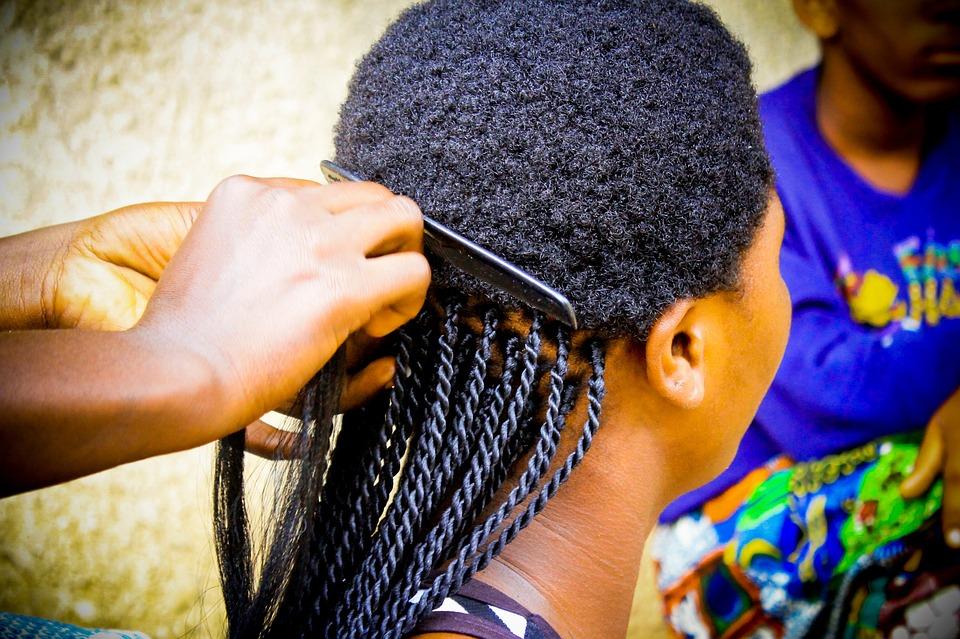 tresse africaine jeune fille noir belle modèle