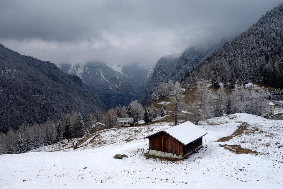 chalet montagne neige photo gratuite sur pixabay. Black Bedroom Furniture Sets. Home Design Ideas