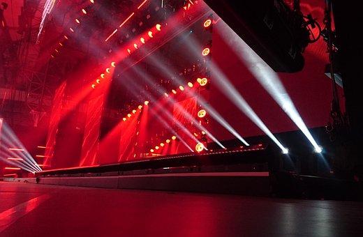 Stade, Lightshow, Montrent, Performances