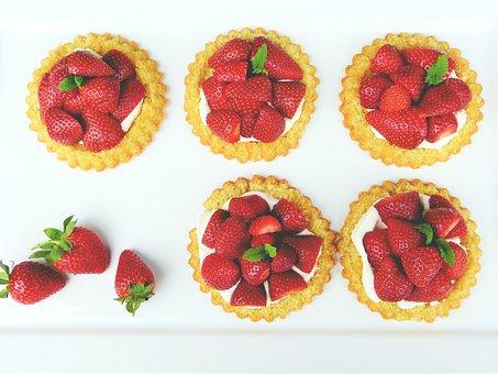 Erdbeertarteletts