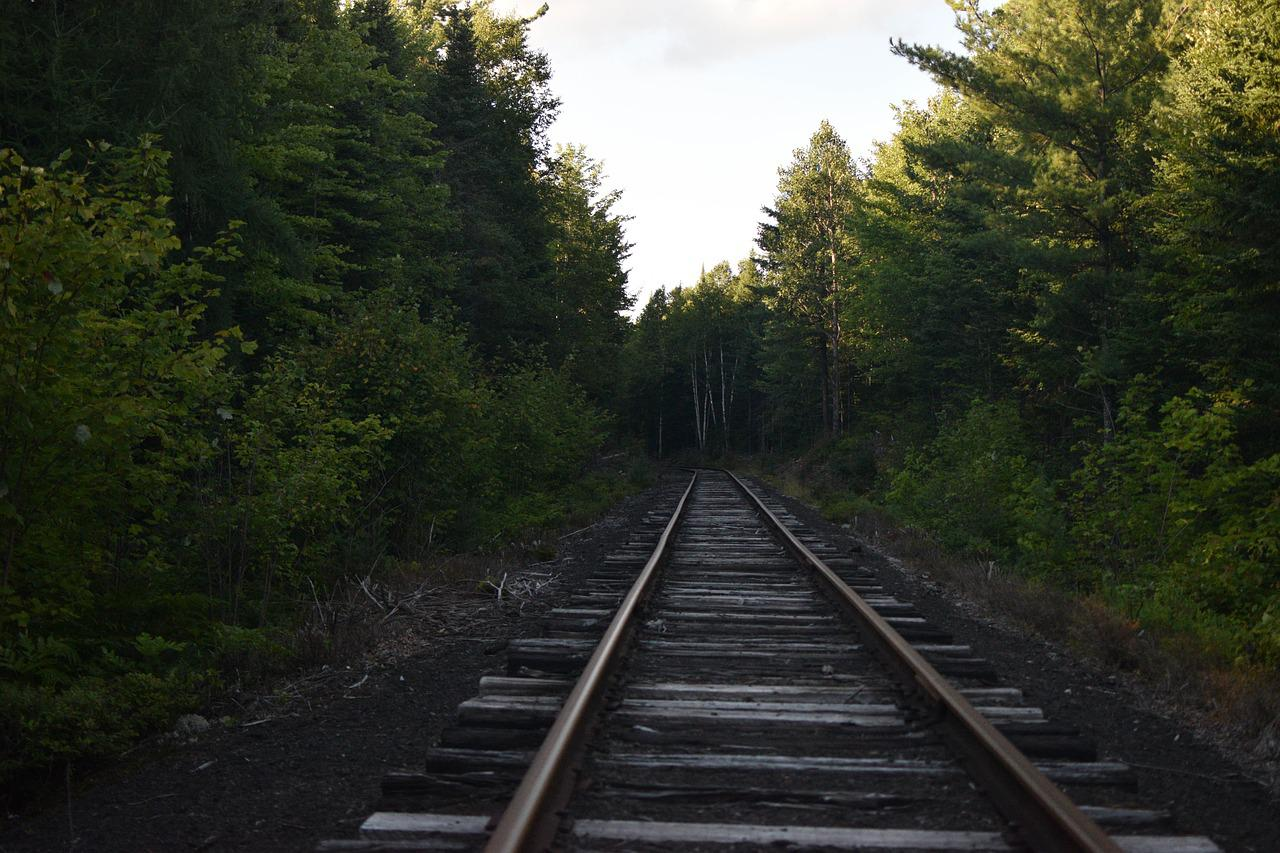 можно картинка железнодорожная ветка ситуация требует