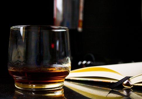 ガラス, ウイスキー, 本, アドレス帳, 読書, アルコール, パブ, 夜