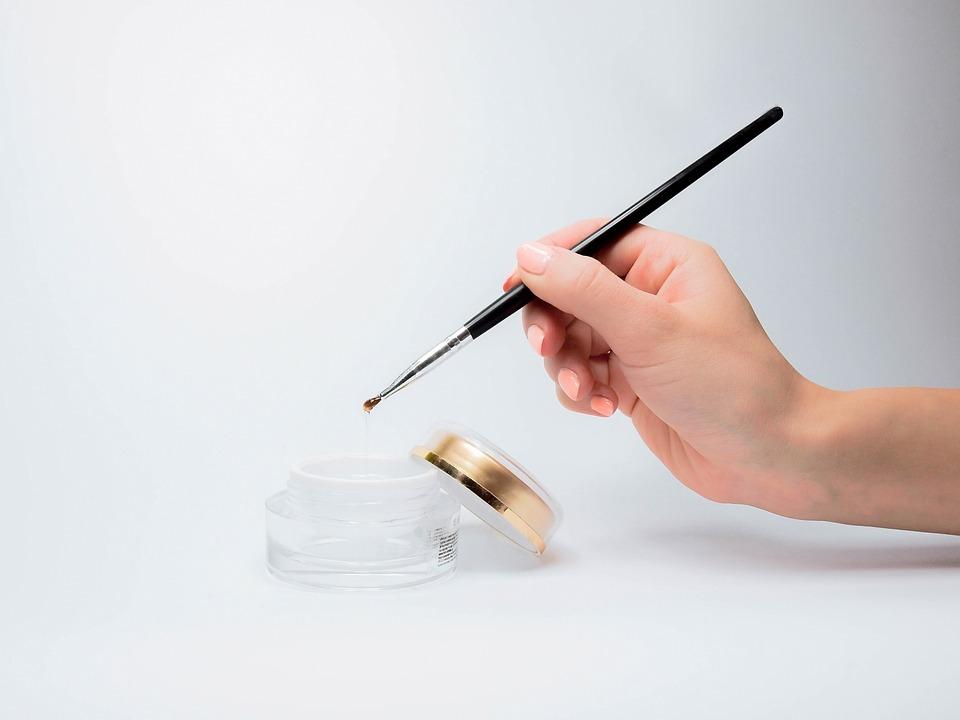 Виды наращивания ногтей, плюсы и минусы