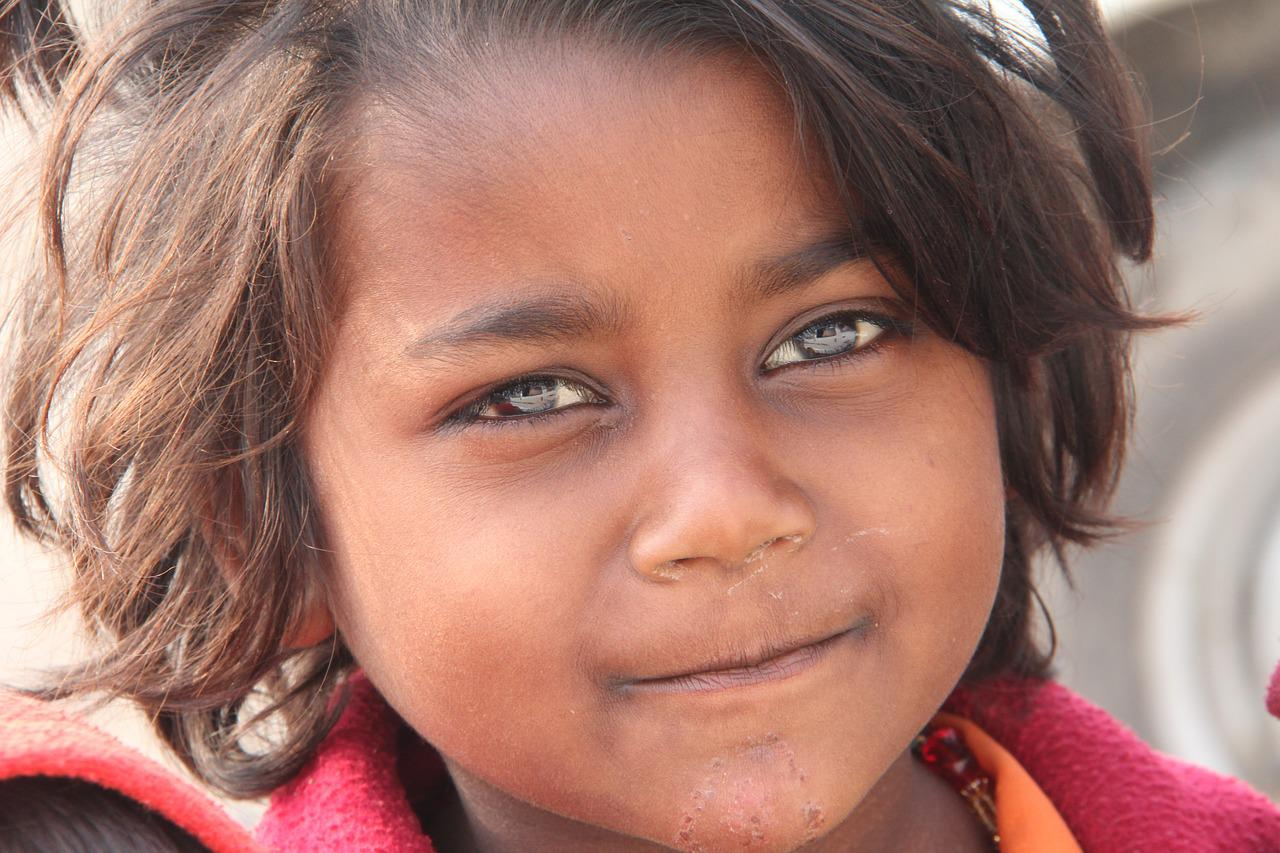 Foto bambini con gli occhi azzurri 70