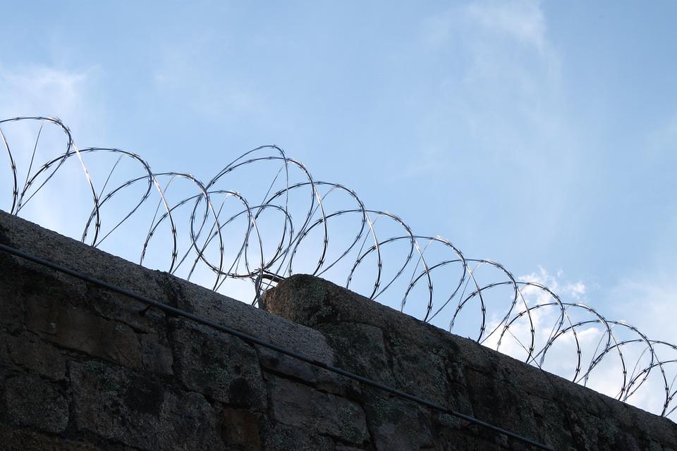Gefängnis Draht Stacheldraht · Kostenloses Foto auf Pixabay