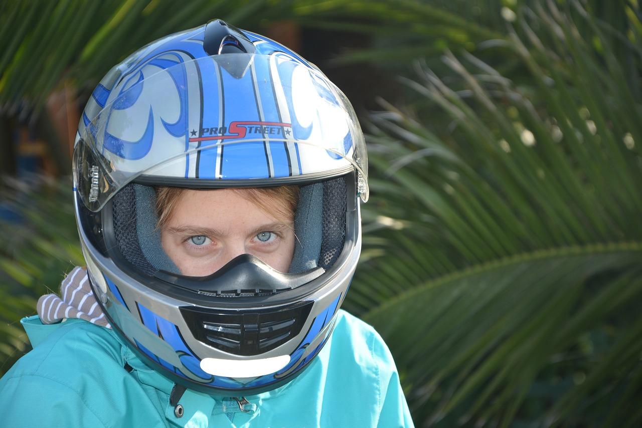 шлем на голове картинки материалы