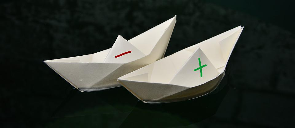 https://cdn.pixabay.com/photo/2017/05/05/16/04/paper-boat-2287555_960_720.jpg