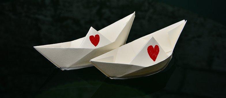 紙のボート, 紙, 2 つ折り, 中心部, 2 つの, 結婚する