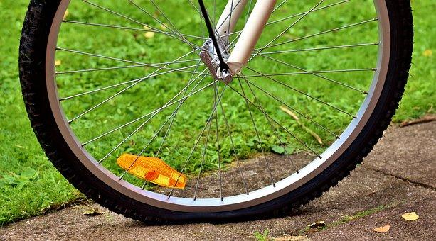 Fahrradreifen, Platt, Defekt, Kaputt