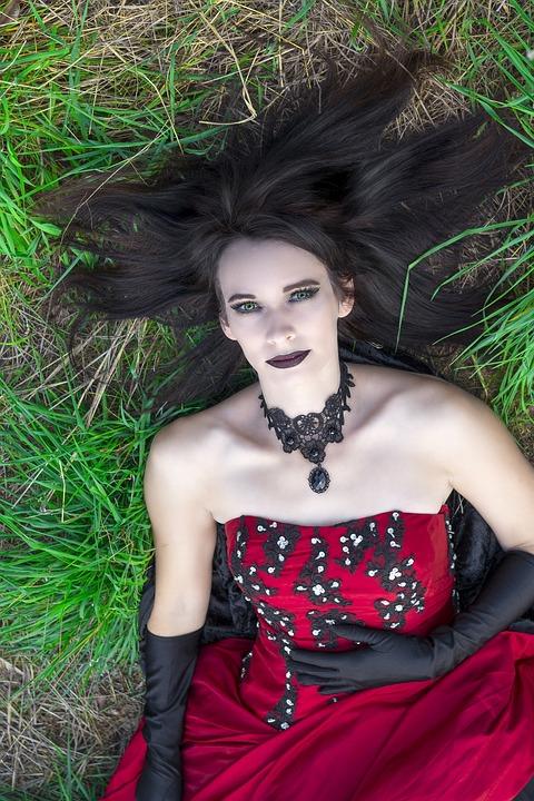 6d2f81b47792 Gothic Červená Šaty - Fotografia zdarma na Pixabay