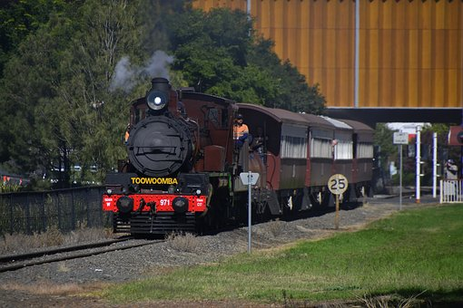 Toowoomba, Warwick, Queensland, Train
