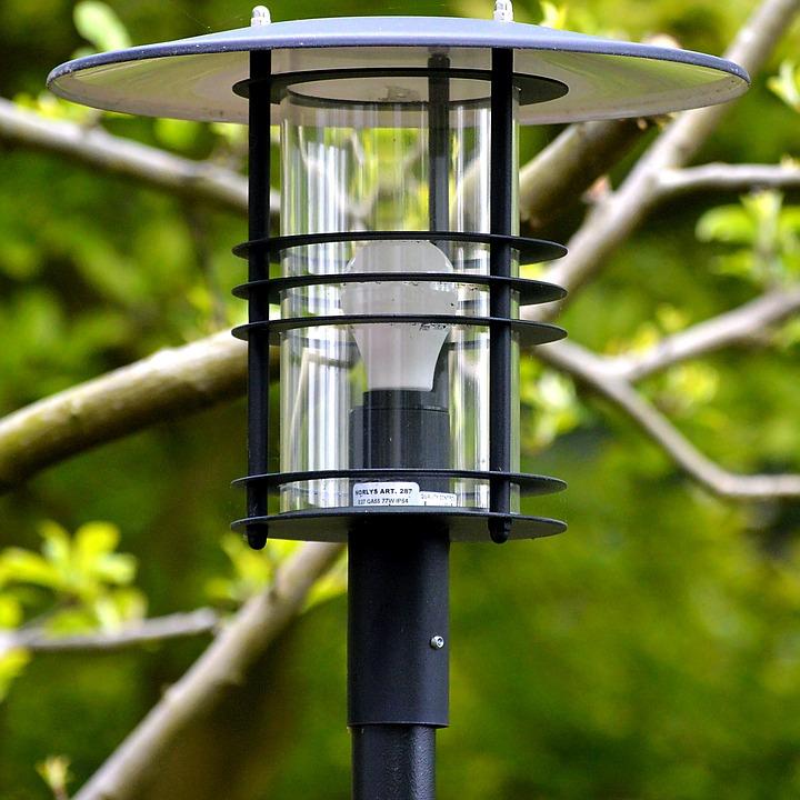Eksterior Lampu Taman Cahaya Lentera