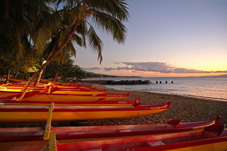 canoes in kihei beach