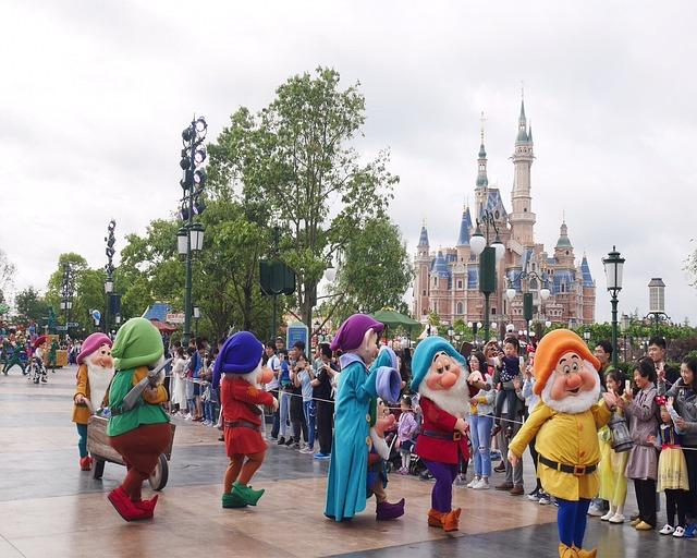 Disney Roller Coaster >> Free photo: Theme-Park, Shanghai Disneyland - Free Image on Pixabay - 2317107